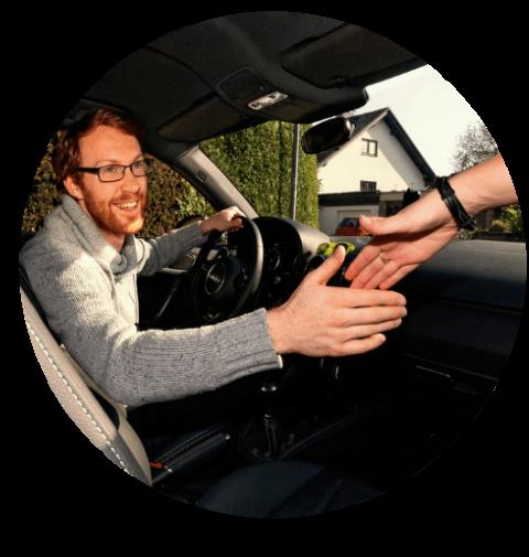 Gemeinsam im Auto unterwegs! Bequem, schnell und günstig.